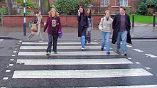 Пешеходци и велосипедисти с предимство в Бургас