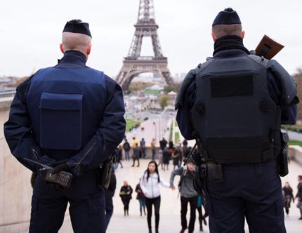 Турция предупредила Франция два пъти за единия от терористите в Париж