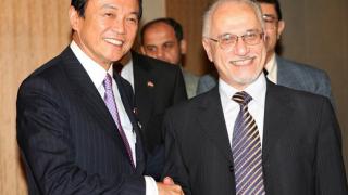 Новият японски премиер обеща да понижи данъците