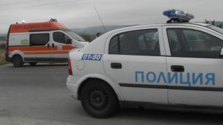 Катастрофа между кола и бус затвори пътя за Велинград