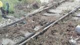 Потопът във Варна повреди жп релсите