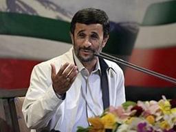 Ахмадинеджад се шегува за протестите в Иран
