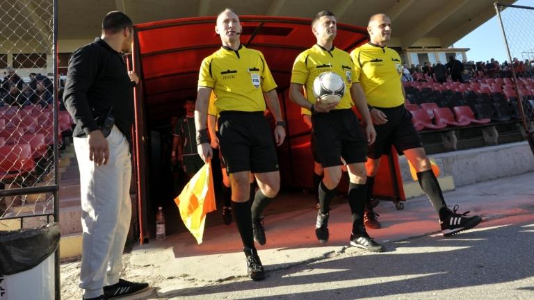Станислав Ставров ще свири мач от Втора лига