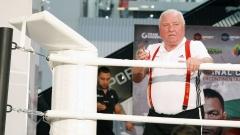 Вегнер категоричен: Кубрат не е хващал репортерката за задните части!
