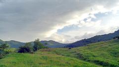 """Над 100 доброволци почистват Природен парк """"Беласица"""""""