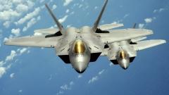 Американски Ф-22 засякоха руски бомбардировачи до Аляска