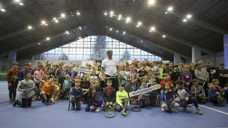 Тони Надал подари незабравими емоции на стотици български деца, трениращи