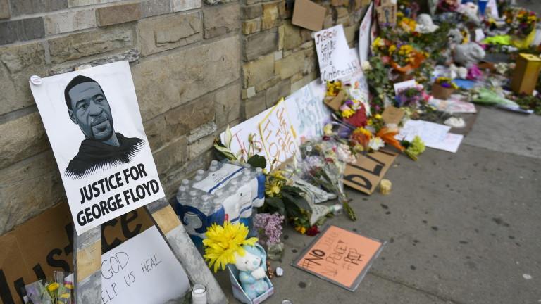 Повдигат още обвинения на полицаите, убили Джордж Флойд
