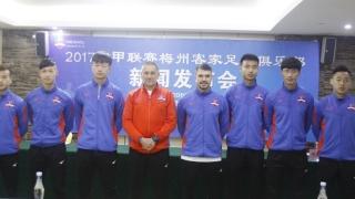 Мечтан дебют за Божинов в Китай!