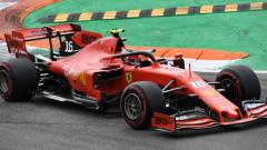 Льоклер откопчал предпазните си колани по време на състезанието в Испания