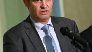 КНСБ настоя за ревизиране на плоския данък