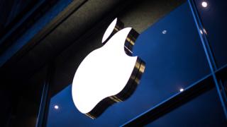Университет осъди Apple за $862 милиона заради патент