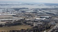 """Авиобаза със """"самолети на страшния съд"""" потопена в САЩ"""