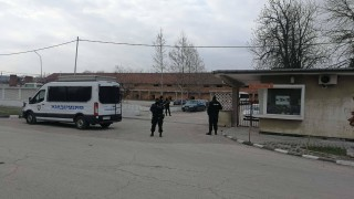 Кметът на Червен бряг е освободен след снемане на показания