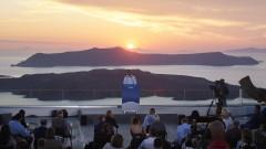 Мицотакис: Гърция е готова да посреща туристи