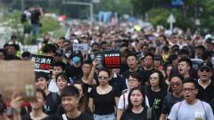 Икономиката на Хонконг забавя ход. И протестите могат да влошат ситуацията още повече