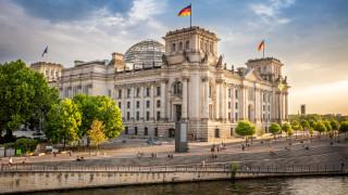 ЕК готви съдебна битка срещу Германия и решение на нейния съд за ЕЦБ