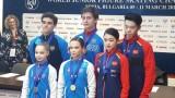 Даря Павлюченко и Денис Ходкин поведоха след кратката програма при спортните двойки