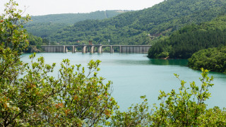 """МОСВ успокоява, че няма опасност за екологичното равновесие на язовир """"Ивайловград"""""""