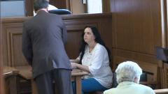 Съдебните охранители нанесли побой на акушерката Емилия Ковачева