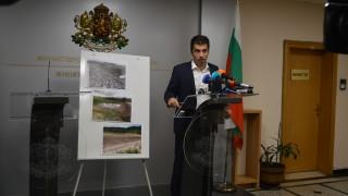 Петков към ГЕРБ: Не аз съм източвал язовири - милиони са давани за водоеми, стоящи неизползваеми