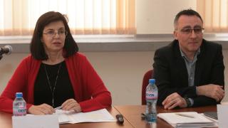 Кунева обещава милиони за развиване на училищното образование