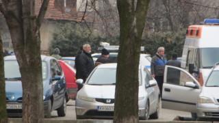 Мъж почина, докато обира автомобил в Кюстендил
