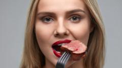 Защо да не спираме да ядем червено и преработено месо