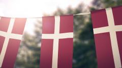 Дания ще образова имигрантите в гетата на демокрация и Коледа