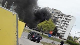 Автомобил се взриви на паркинг във Варна