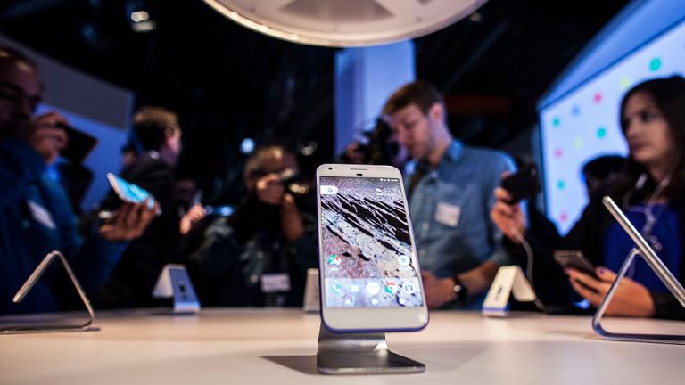 Вече е ясно кога ще видим новия смартфон на Google - Pixel 3