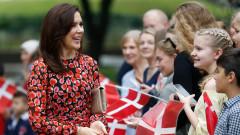 Секси ли са ботушите на принцесата на Дания