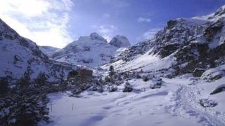 """Стотици се събраха на зимната """"Планиниада"""" в Рила"""