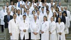 Студенти от Медицинския колеж протестират