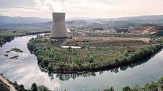 Огън в испанска атомна централа