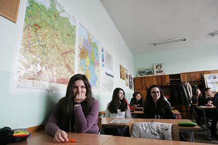 Ученици искат по-дълго голямо междучасие, готвят протести