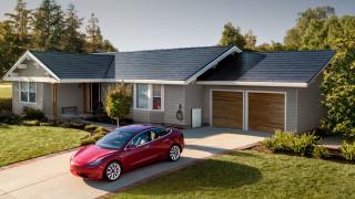 Tesla поскъпна с близо 60% за дни
