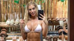 Горещата сутрешна тренировка по бански на Янита Янчева