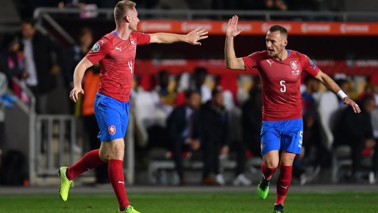 Чехия изненада и победи Англия в евроквалификация от Група