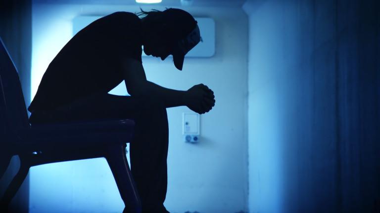 Мамините синчета - нещастни и безпомощни в обществото според психолог