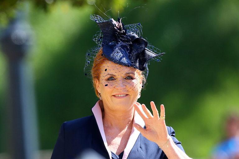Сара, графинята на Йорк, пристигна сама