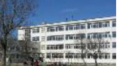 Местят Класическата гимназия до Женския пазар