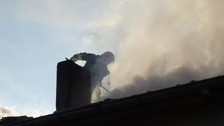 Евакуираха шивашки цех във Велико Търново