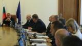 Каракачанов: ДАНС да изясни кой и защо пуска слухове за самолети с мигранти