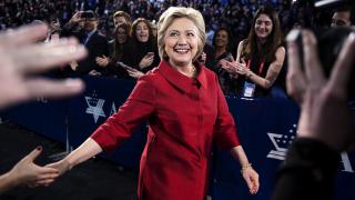 """""""Уикилийкс"""": Шефът на предизборния щаб на Клинтън поставил под съмнение """"инстинктите"""" й"""