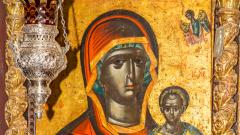 """Връщат копие на иконата """"Черната Света Богородица"""" в Созопол"""