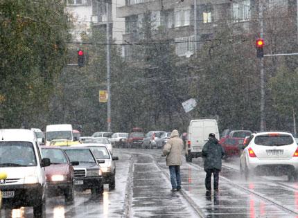 Северна България в жълто заради сняг и поледици