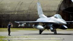 Румъния купува още пет изтребителя Ф-16 от Португалия