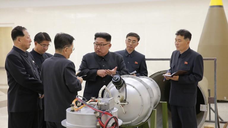 Балистичната ракета на КНДР била на нова установка, бойната глава - и тя модерна