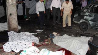 Двоен самоубийствен атентат в Иран